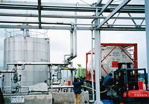 タール酸の取扱量増加にともない、大阪・名古屋の流通を合理化し、大阪に集約。